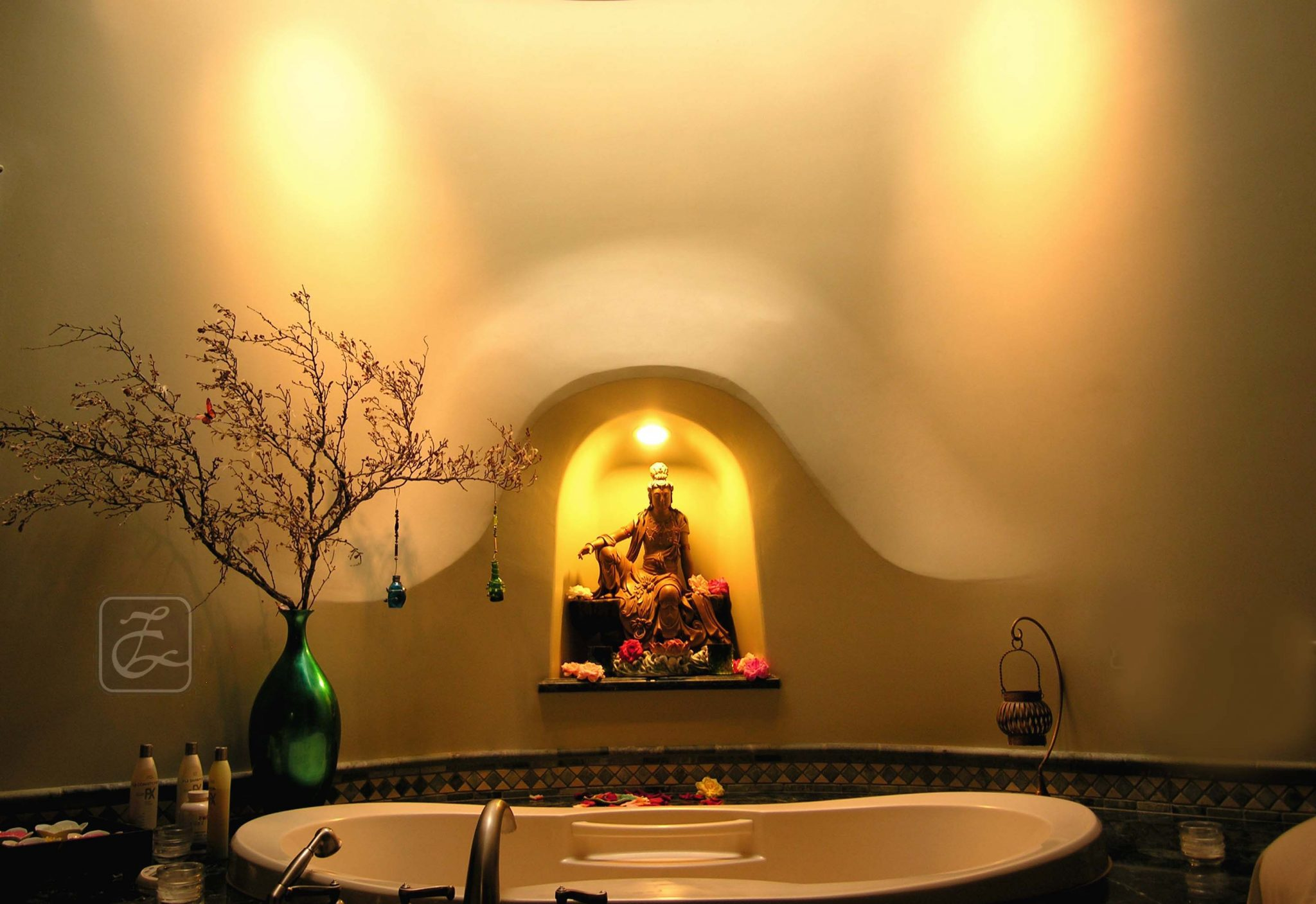 Qui Si Bella's Bali Spa Room, enhanced by a skylit back wall & a hand molded niche